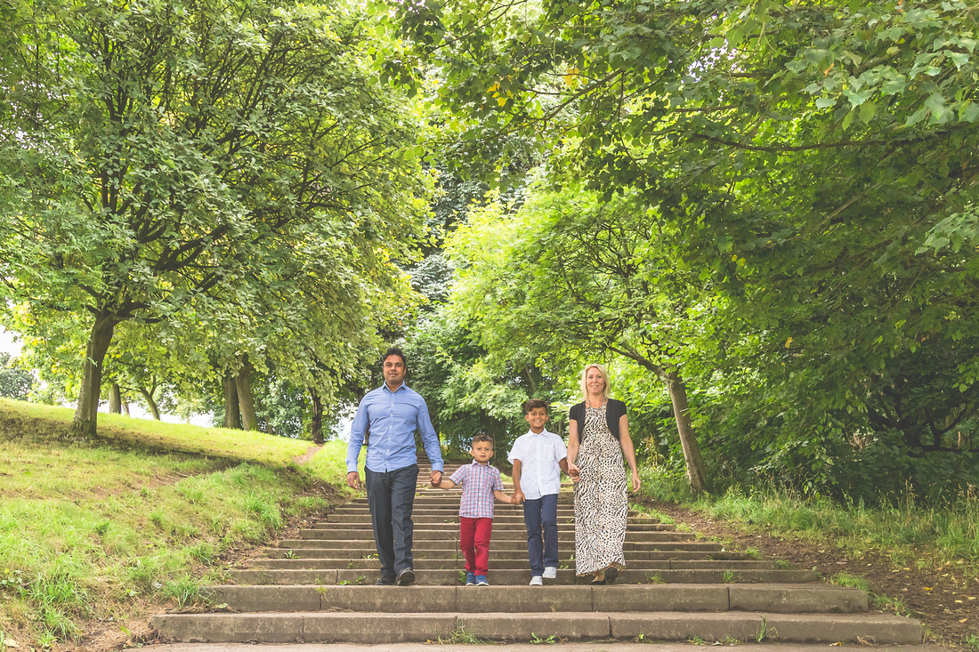 Family Photoshoot at Roundhay Park